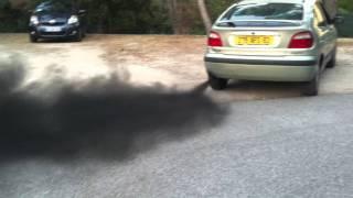 """Renault Megane 1.9 dTi """"un peu"""" encrassée, fumée noire"""