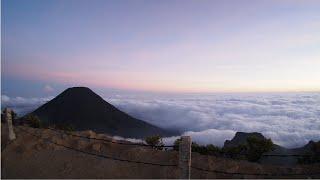 Gunung Gede Pangrango Mount Agustus 2018 Calum Scott You are the reason