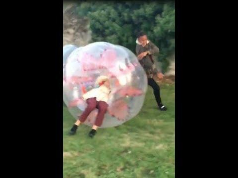 😂Erza Qui Joue Au Bubble Foot😂