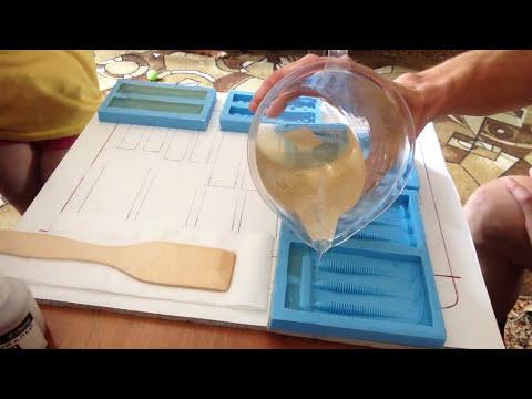 Как изготовить с помощью эпоксидной смолы,форму силиконовых приманок! Mold soft fishing bait.