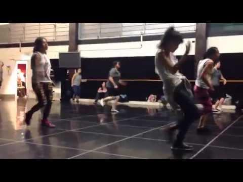 JFH class. Andrew de Luna  Sydney dance company