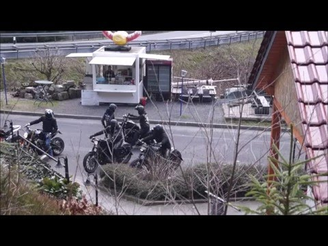 oberhof-sternengrund-10.04.2016-opel-astra-opc-harley-davidson-night-rod-pagode