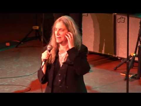 Patti Smith  Gloria  Pittsburgh, PA 031317