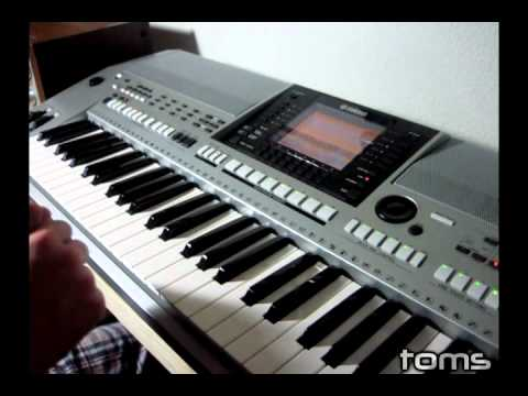 making a beat on the yamaha psr s900 youtube. Black Bedroom Furniture Sets. Home Design Ideas