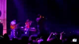 Morrissey - Vicar in a Tutu (live)