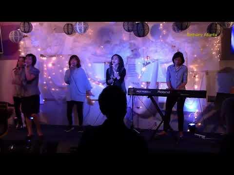 Di bawah kepak sayapMu & Nyanyi Glory (10/08/2017)