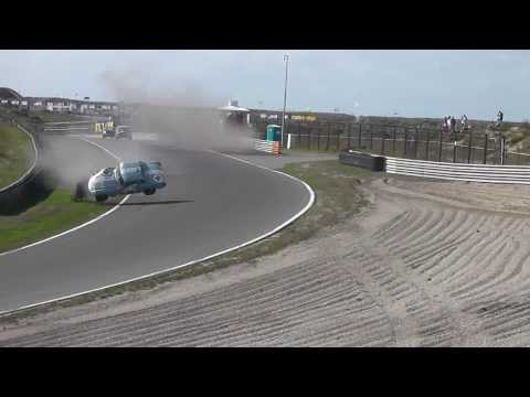 MG MGB Zandvoort crash