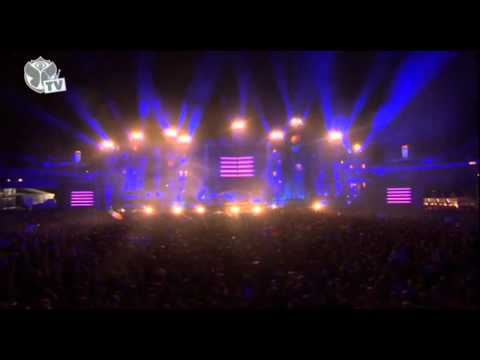 Steve Aoki live at Tomorrowland 2012 HD