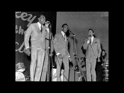 Smokey Robinson & The Miracles - Going to a Go-Go (Live)