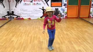 Yo Yo Honey Singh | LOVE DOSE | Desi Kalakaar dance steps by step2step dance studio