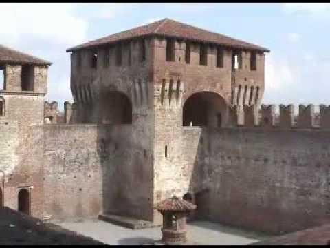 La Rocca Sforzesca ed il borgo di Soncino in 4 minuti