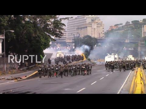 Venezuela: Violent anti-Maduro protests continue to rock Caracas