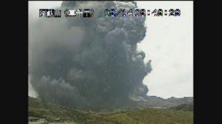 熊本・阿蘇山が噴火  噴煙2千メートル、けが人なし