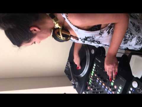 NIAMH BYRNE LEARNIN DJ