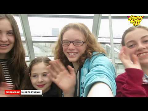 """Interviews - Radio Trip nach Berlin │Premiere """"Hanni & Nanni- Mehr als beste Freunde""""│Südpolshow"""