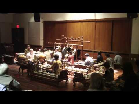 Ldr. Arjuna Mangsah, performed by the Cornell Gamelan Ensemble