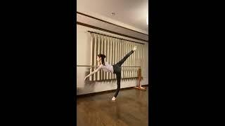 Ballet lesson Emi Hariyama バレエレッスン ロンドジャンプ 針山愛美