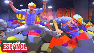 El Parque de Trampolines con Blippi Español (Boom Shaka) | Videos Educativos | Aprender los Colores