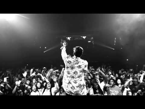 "Curren$y - ""Mary"" (Official Live Video)"