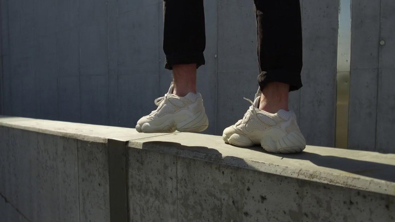 1f2bfe548 Tenisufki On Feet  Adidas Yeezy 500  Blush  - Tenisufki - TheWikiHow