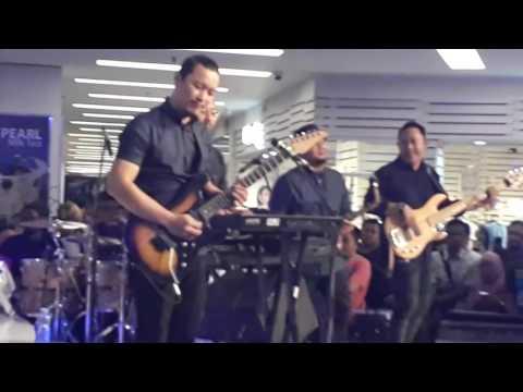 Sammy Simorangkir - Kesedihanku (Live) di Citraland