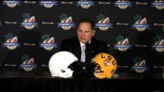 Les Miles Press Conference 12/10/2009 (Part 1 of 2)