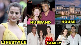 Ameesha Patel (Bigg Boss 13) Lifestyle, Husband, Family, House, Cars, Income & Biography