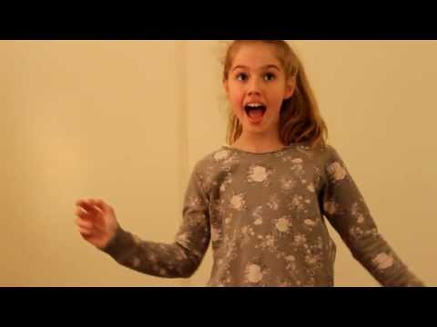 "Leah Black Singing ""Settle Down"" - Kimbra (Cover)"