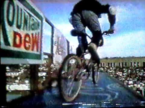 mat hoffman 1995 xgames bmx vert 2nd run