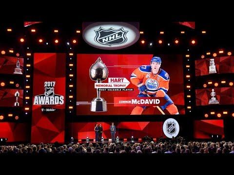 В НХЛ раздали награды. Бобровский лучший вратарь. Новости хоккея