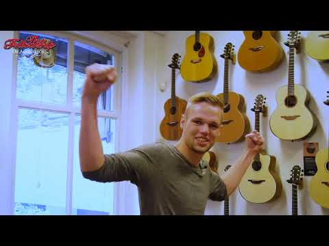 Guitarshop Tour at TFOA || Europe's Finest Guitar Store!