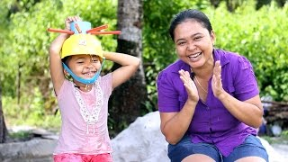 wet head challenge indonesia di temani oleh mamah - game seru buat keluarga