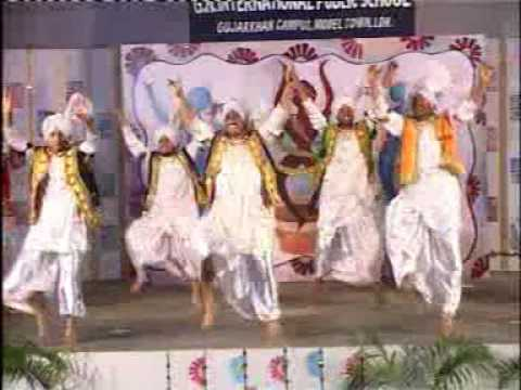 GNIPS Annual day bhangra 2005