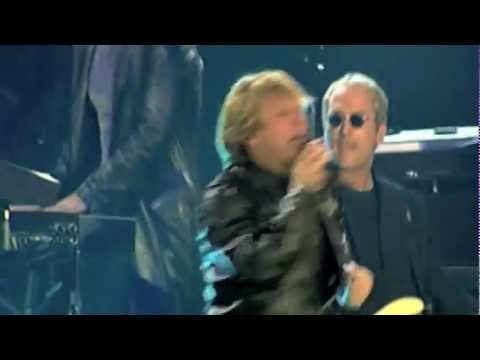 Bon Jovi - Livin' On A Prayer & You Give Love A Bad Name [Live]