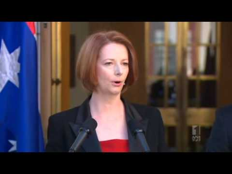 Gillard wins backing on offshore processing
