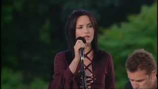 The Corrs - The Long And Winding Road (Tradução)