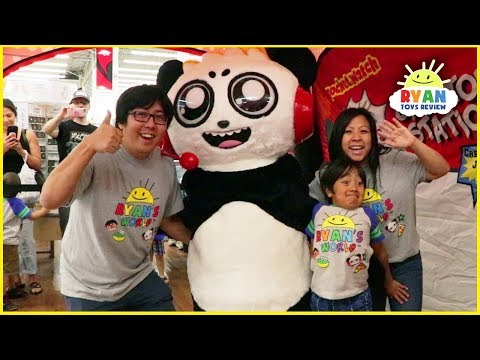 Ryan's First Fan Meet up family fun event + Meet Combo Panda In Real Life!!!