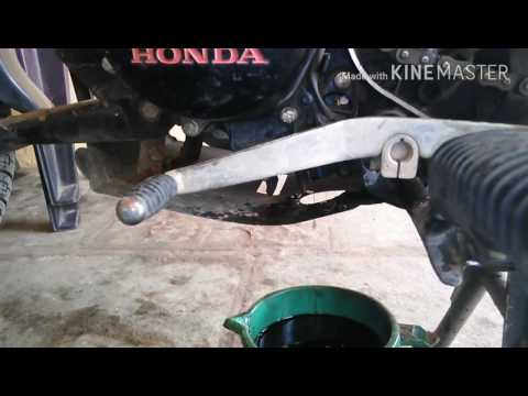 Honda Shine 125 engine oil change