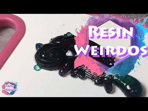 Watch Me Resin - Uv Resin Cheshire Cat - Resin Charms - Ideas