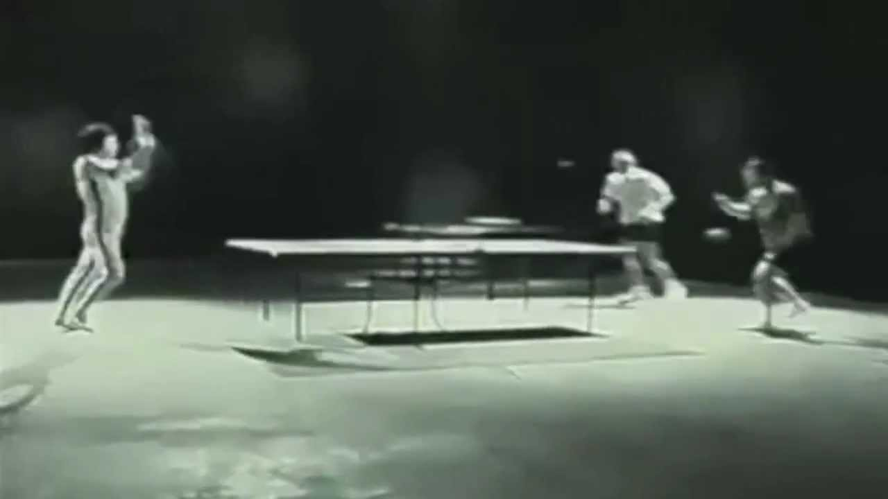 did bruce lee really play ping pong with nunchucks