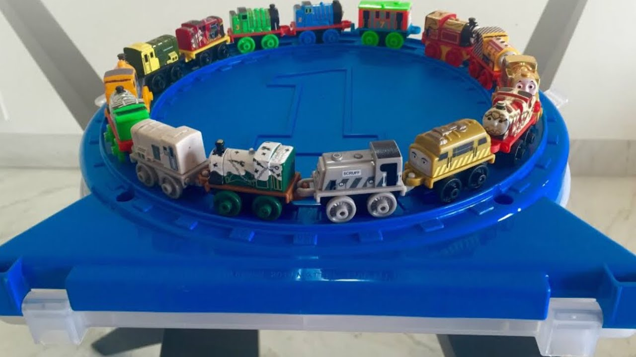 Thomas and Friends Minis Collectors Play Wheel with Golden Thomas