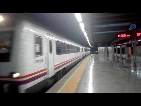 Renfe Media Distancia 448 entrando en Zaragoza El Portillo
