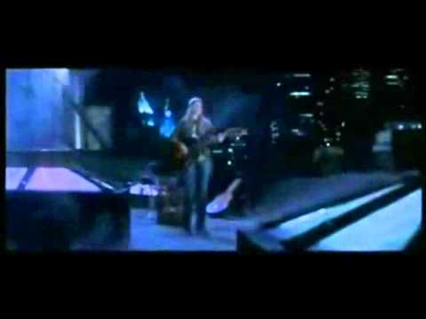 Coyote Ugly: Right kind of wrong