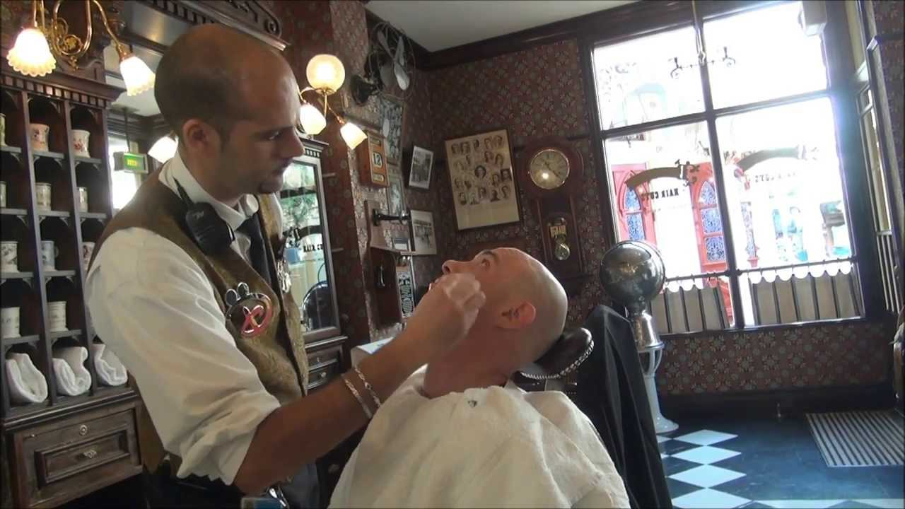 「disneyland paris barber」の画像検索結果
