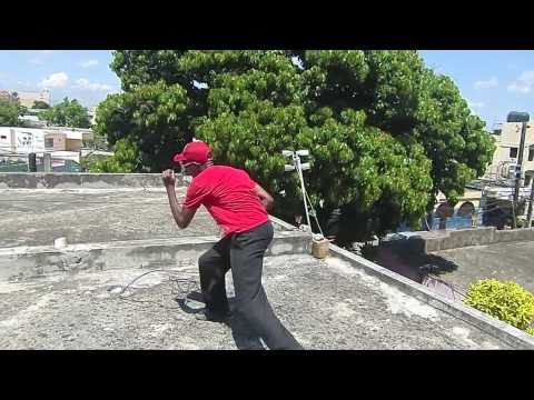 Julio Suero bailando en la Republica Dominicana 2010