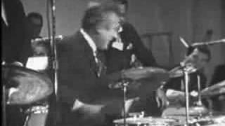 Gene Krupa & Buddy Rich Famous Drum Battle