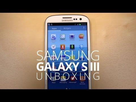Samsung Galaxy S III Unboxing!