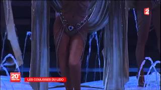Le Lido de Paris : les coulisses du célèbre cabaret parisien au journal de 20h - France 2(Le journal de 20h de France 2 dévoile les coulisses du Lido de Paris, où les Bluebell Girls et les Lido Boys enfilent tous les soirs leurs somptueux costumes !, 2013-12-30T13:18:42.000Z)