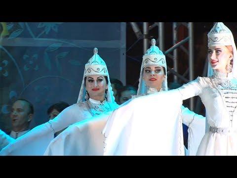 Фестиваль адыгской культуры «Лучи Шапсугии»