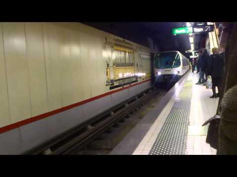 Ligne 2 du métro de Marseille  station  noailles